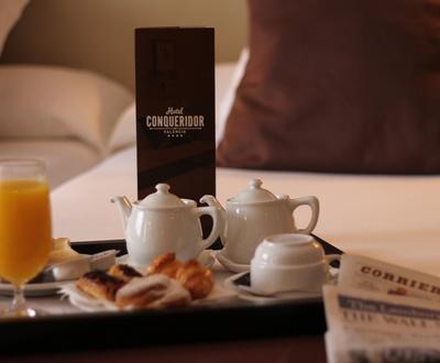 Room Service Hotel Conqueridor